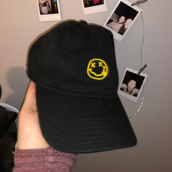 06d6b5794938a Nirvana Dad Hat. M 5becc2bb035cf1809f231f9b